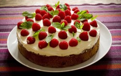 Raspberry and mint cake
