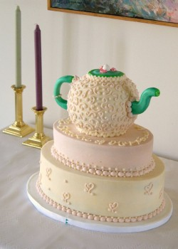 Bridal Shower Cake With Teapot