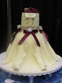 Fondant cake – wedding dress