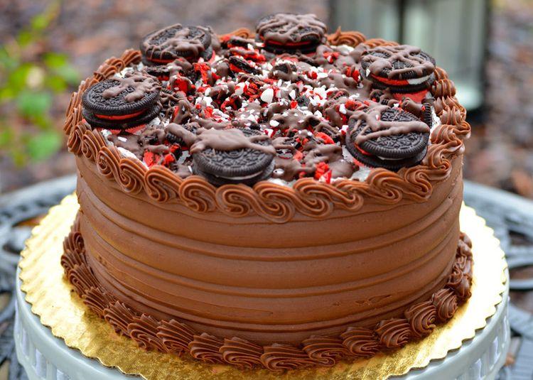 Oreo peanut butter cake
