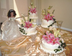 Quinceanera cake with fresh flowers