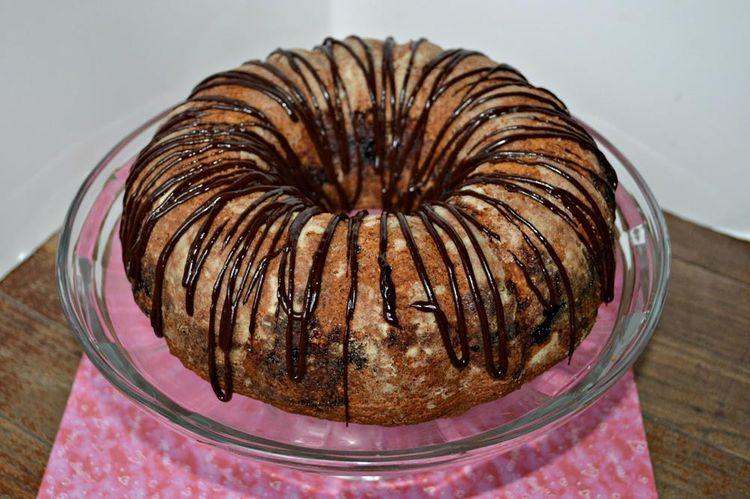 Sponge bundt cake