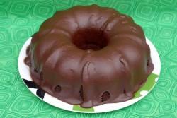 Sponge chocolate bundt cake