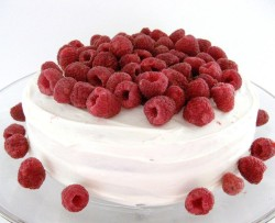 Tasty raspberry cake