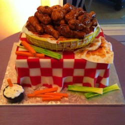 Groom's cake – wings