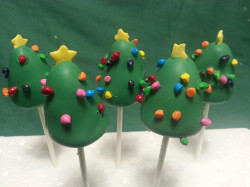 Christmas tree – cake pops