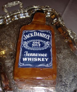 Groom's cake – Whiskey