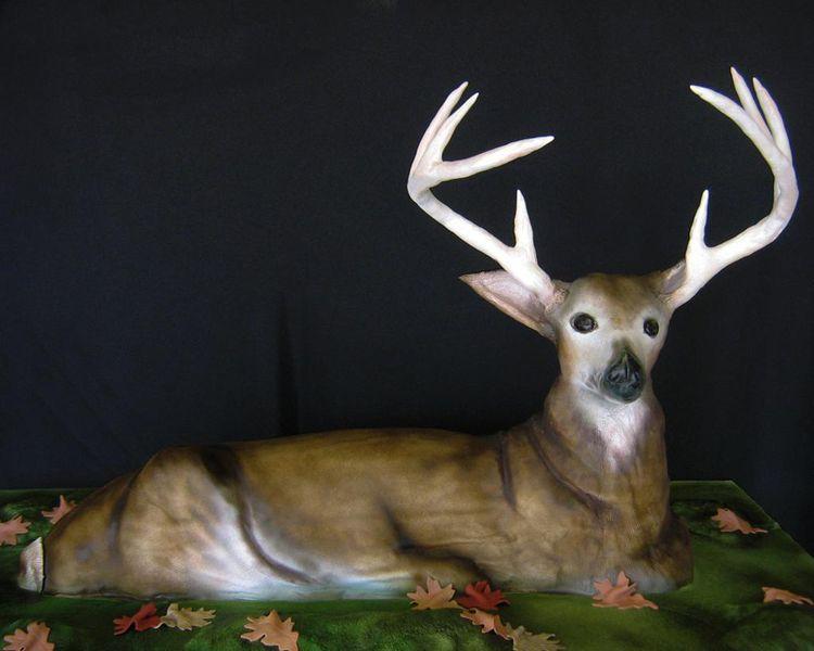 Groom's cake – deer