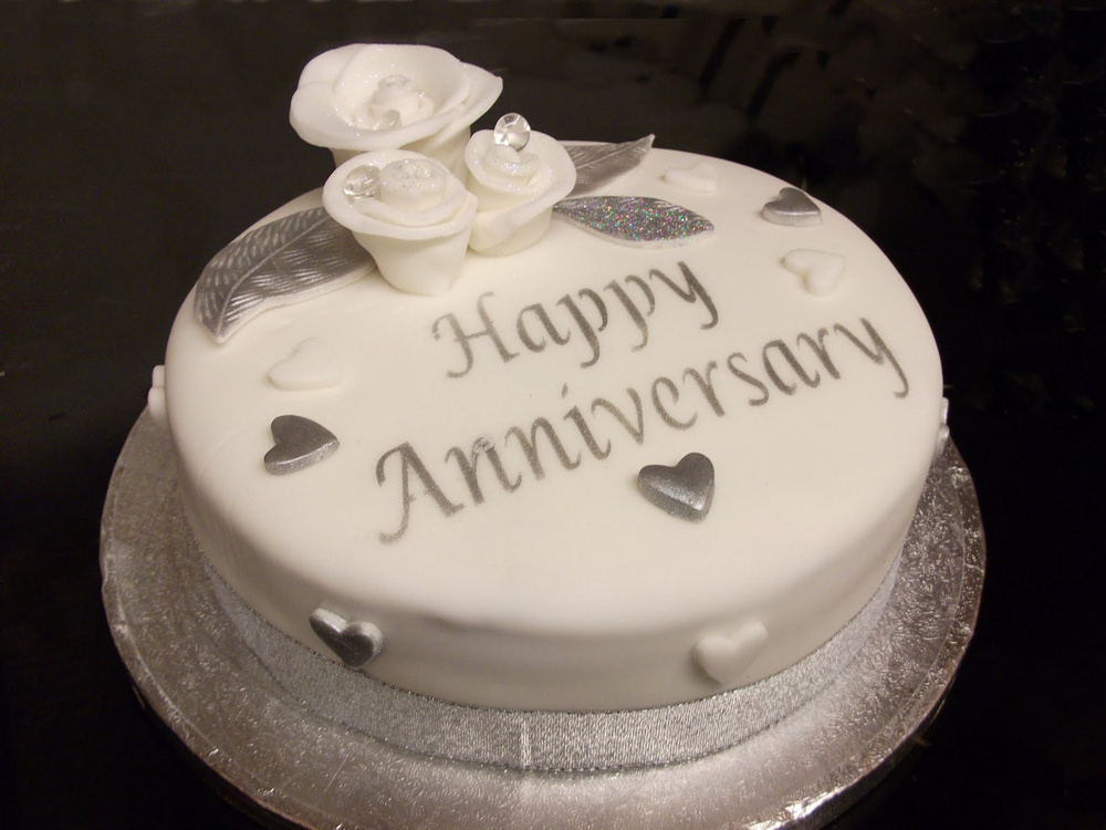 Anniversary Chocolate Cake Design : Happy Anniversary cake