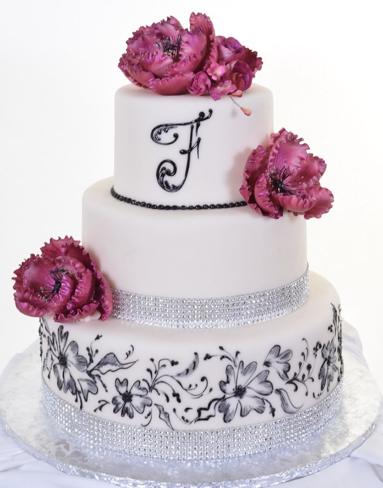 Quinceanera cake with flowers