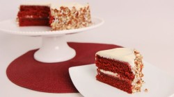 Red velvet cake with nuts