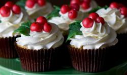 Sweet Christmas cupcakes