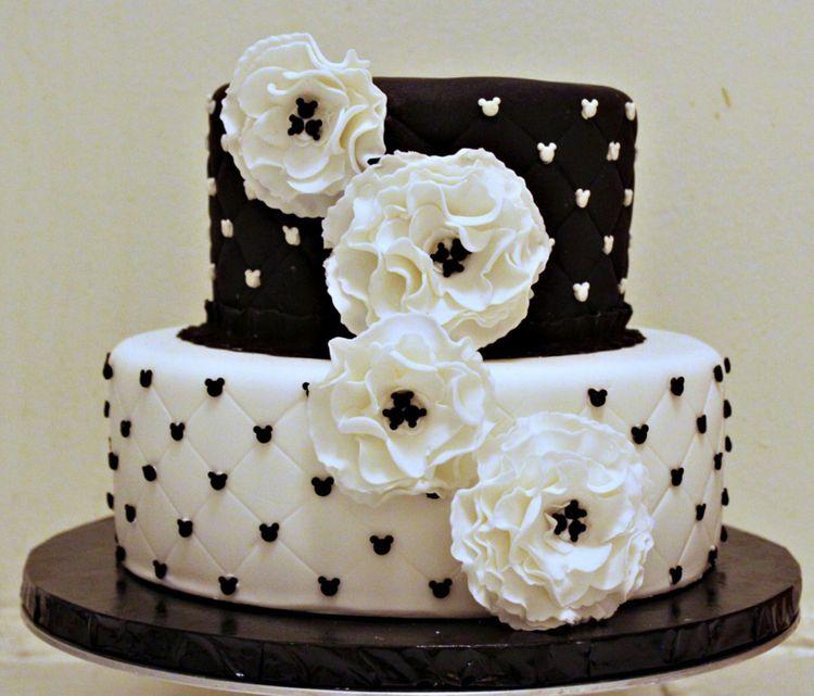 Images Of Black And White Cake : White and black fondant cake