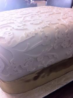 White cricut cake