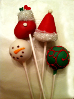 Winter holiday's cake pops