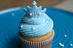 Blue princess cupcakes