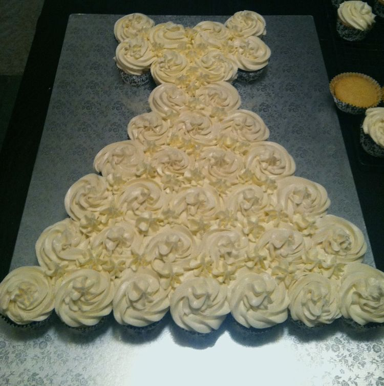 Bridal shower cakes cupcakes