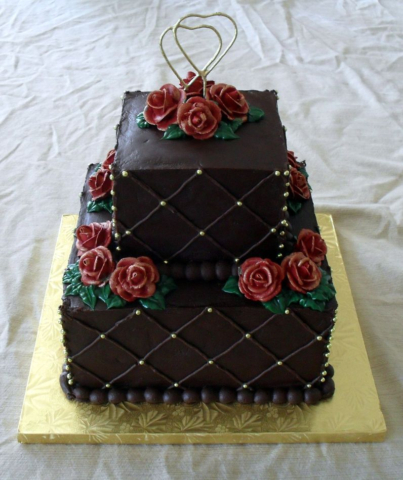 Chocolate anniversary cake for Anniversary cake decoration