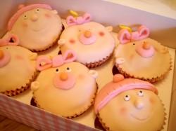 Christening cupcakes – babies