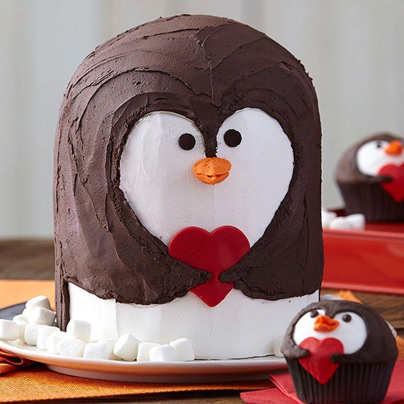 Penguin Valentine's Day Cake