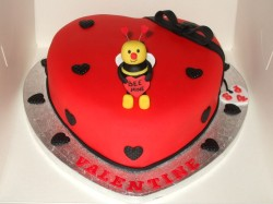 Valentine's days cake with bee
