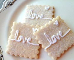 Wedding cookies – love