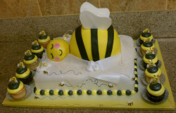 Bumble bee baby shower cake