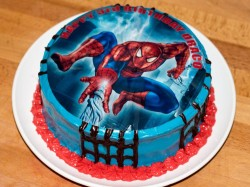 Cake with Spiderman picture