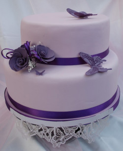 Cake with violet butterflies