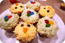 Easter cupcakes chicken