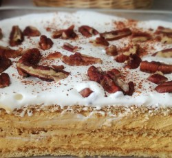 Eclair cake with nuts