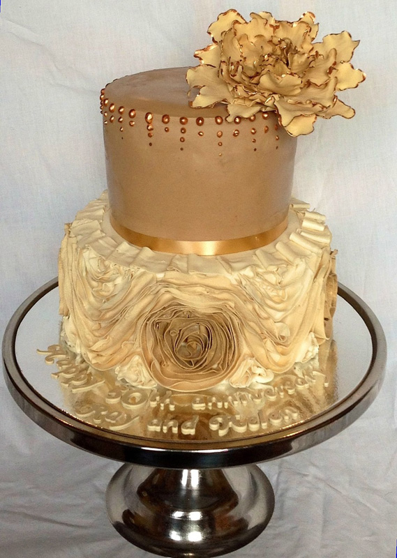 Golden Wedding Cake Decorating Supplies