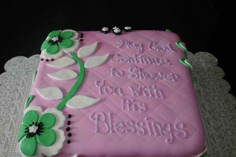 pink bridal shower cake