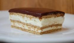 Sweet eclair cake