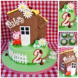Peppa pig farm cake