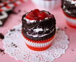 Taste Black Forest cupcake