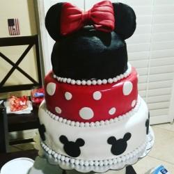 Minnie mouse cake, birthday cake, cute cake, gotcakes_ want cakes miri bakes