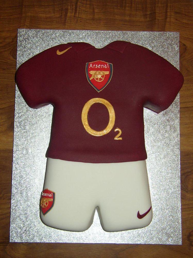 Arsenal Footbal cake