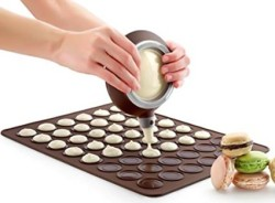 French Macaroon Baking Set