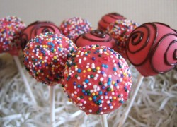 Funfetti Birthday Cake Pops