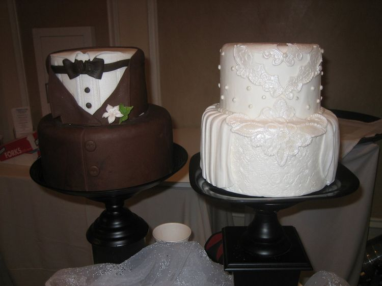 Grooms and bridal cakes