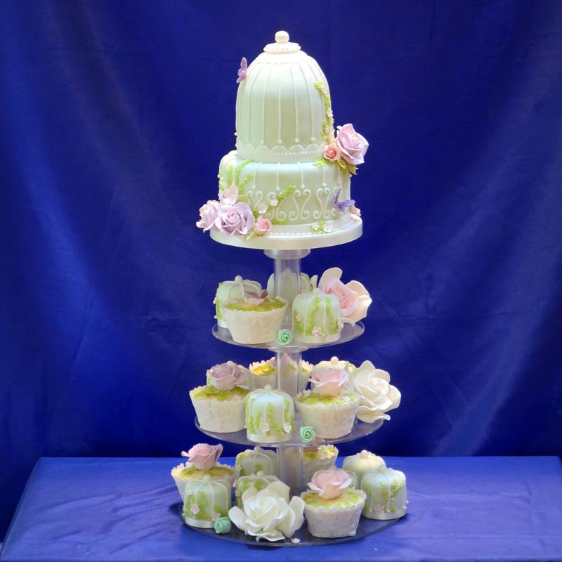 Mini birdcage cake