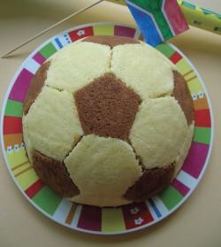 Tasty football cake