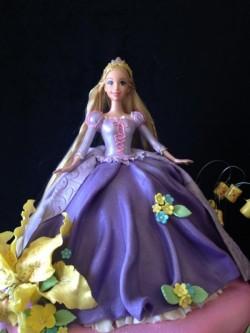 Amazing Barbie Cake