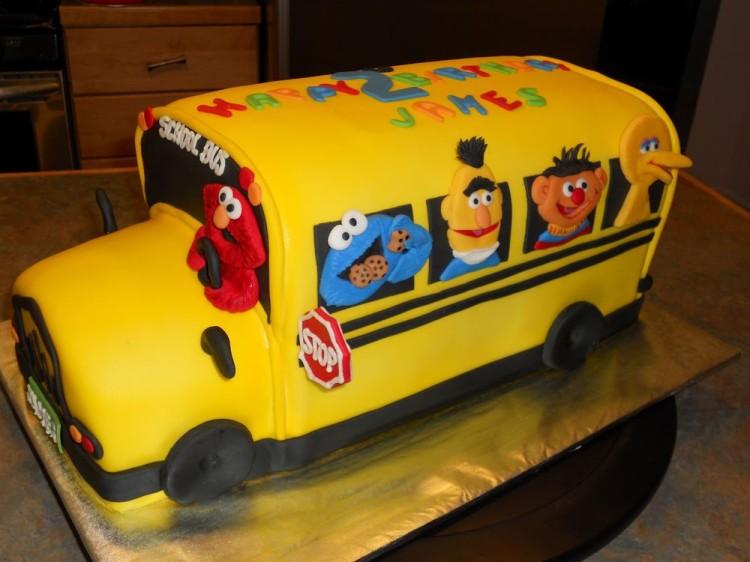Birthday Cake – School Bus