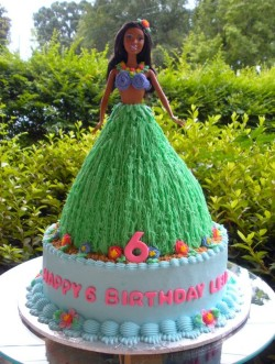 Hawaiian Barbie Cake