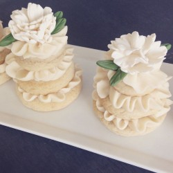 Mini Floral Cakes
