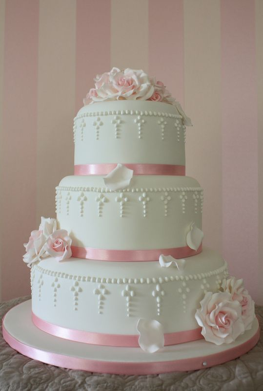 nice wedding cakes photos wedding cake 17842