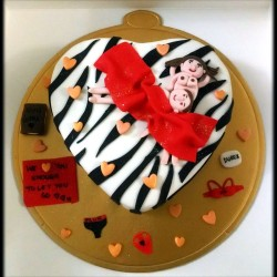 Zebra Hen party Cake
