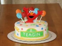 Elmo and Baloons Cake